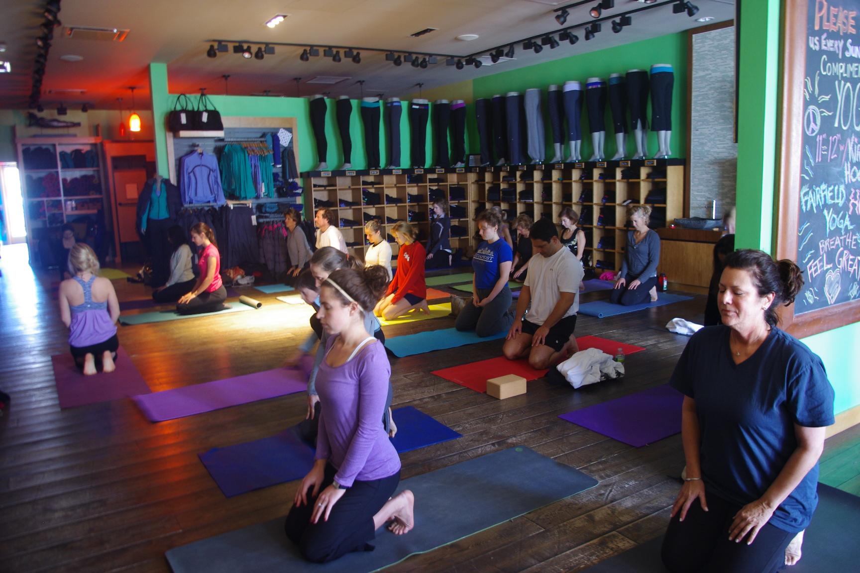 lululemon in-store yoga