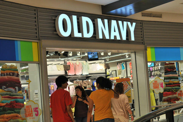 Entrance to Old Navy store
