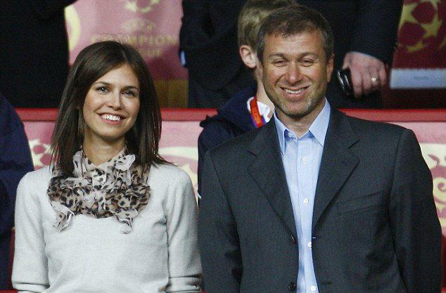 Roman Abramovich and Dasha Zhukova