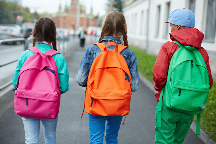 9 Things to Consider When Buying a Kids Backpack for School