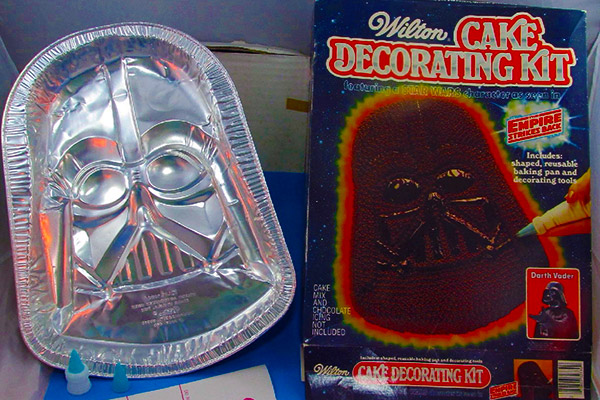 Darth Vader cake decorating kit